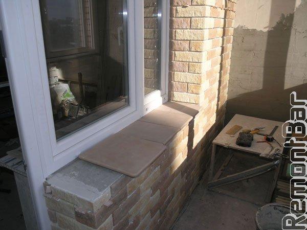 Укладка декоративного отделочного камня на балконе видео..