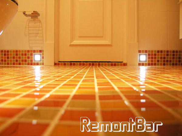 """Светодиодные светильники - ночная подсветка пола в ванной комнате в Митино, проект """"Наш Маяк"""""""